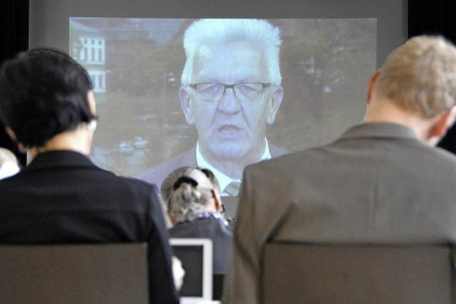 Kretschmann grüßt per Video