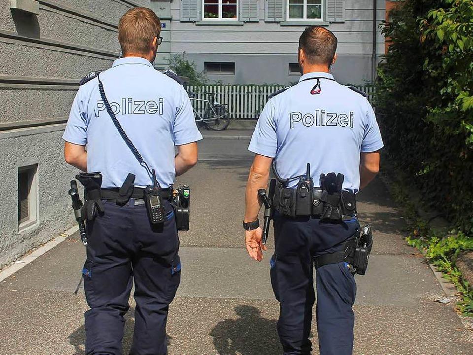 Zürcher Polizisten dürfen Journalisten...e Herkunft von Tatverdächtigen nennen.  | Foto: stoll