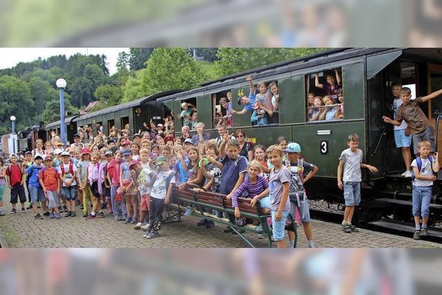 24 200 Gäste fahren mit Museumszug