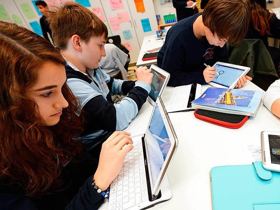 Digitale Medien im Schulunterricht &#8...ne Katastrophe zu Lasten der Pädagogik  | Foto: Arne Dedert