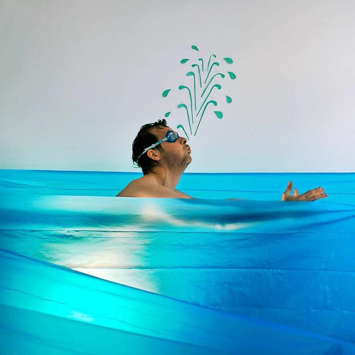 Warum muss man beim Schwimmen oft aufs Klo?  | Foto: photocase.de/kallejipp