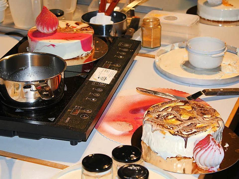 Halbgefrorene Torten sind der Trick.  | Foto: Franziska Brandsch