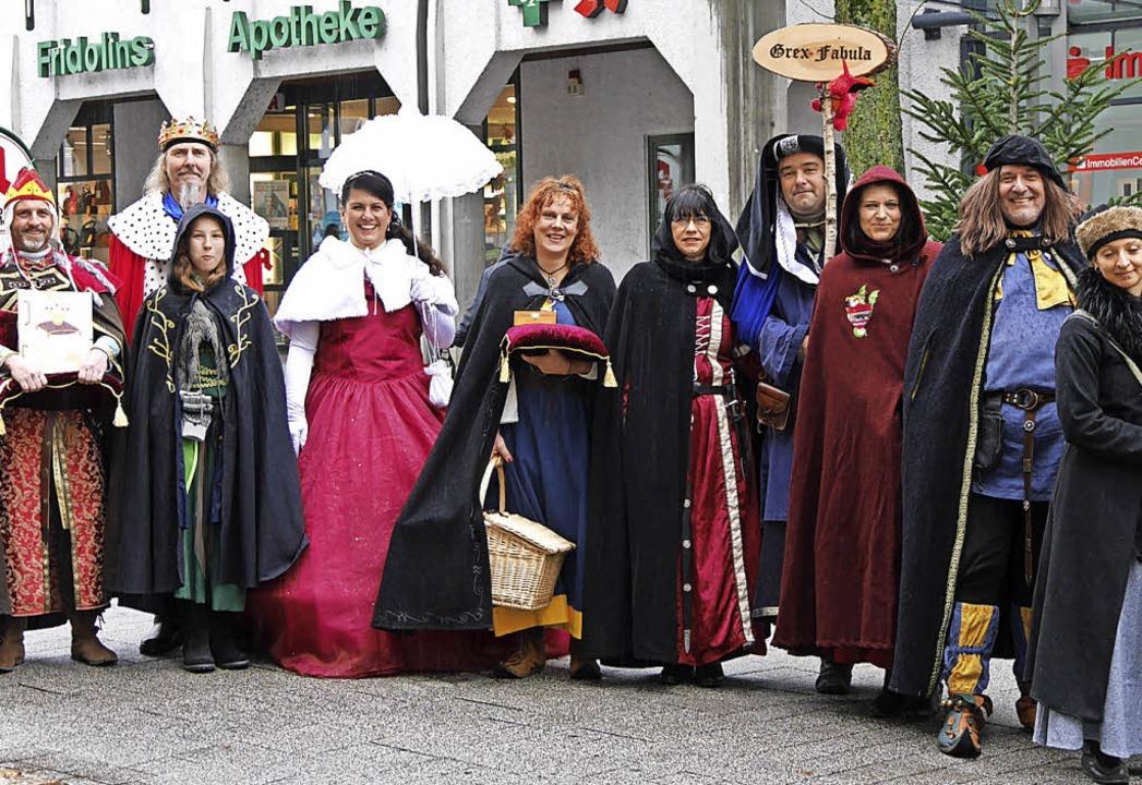 Die Märchengruppe Grex Fabula und die ...ne Malfi bot Märchen zum Mitmachen an.  | Foto: Marion Rank