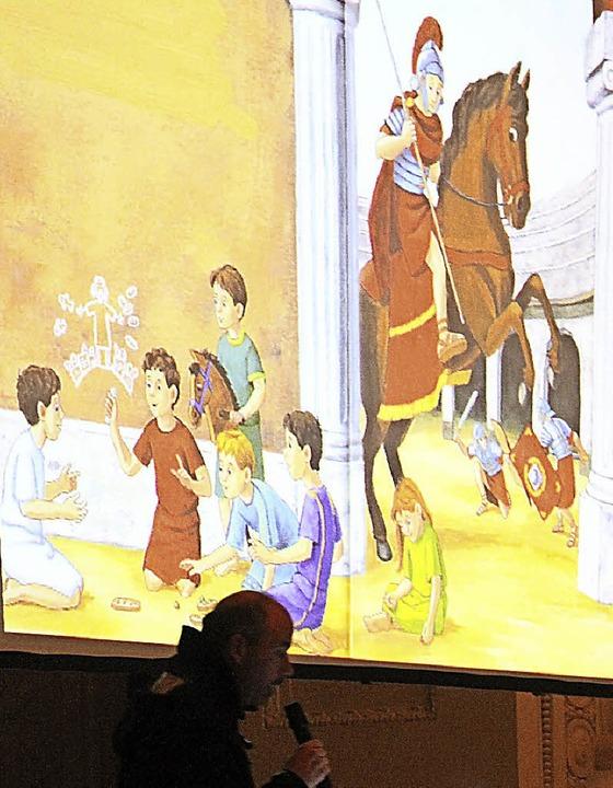 Im Dom in St. Blasien las Raphael Michel die Legende von St. Martin.    Foto: Cornelia Liebwein