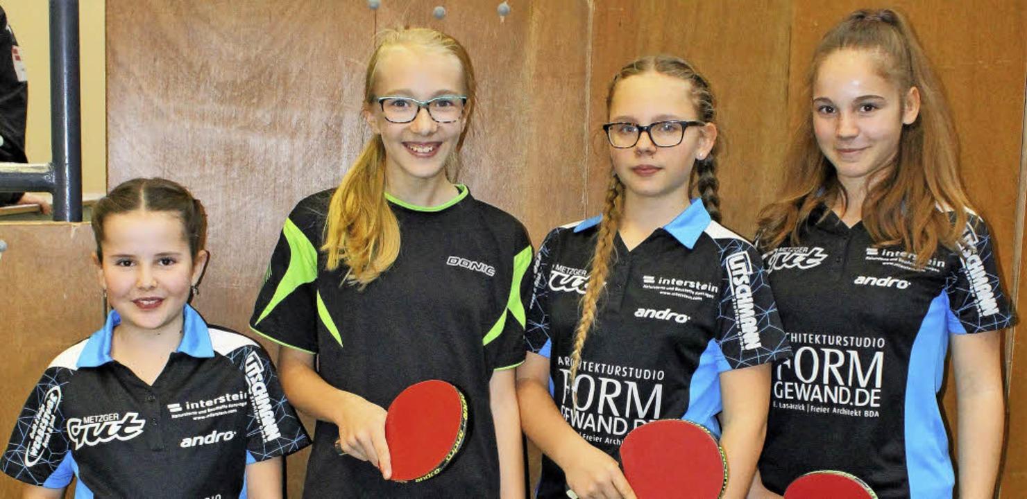 Die  Siegerinnen bei den Mädchen: (von...erinnen Eileen und Evita Wiedemann.       Foto: dagobert maier