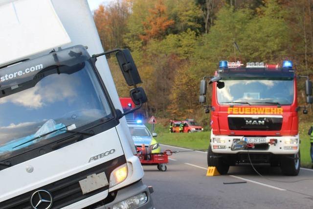 Nach Lkw-Unfall: Die B 317 bei Zell ist wieder frei