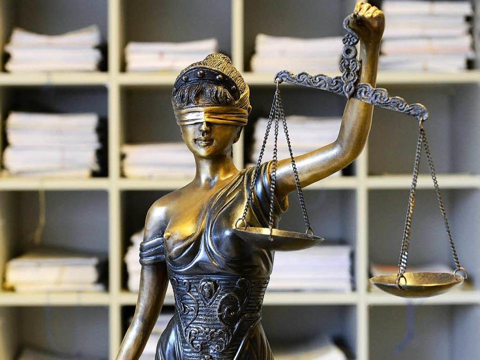 Der Mann wurde zu sieben Jahren Freiheitsstrafe verurteilt (Symbolbild).    Foto: Ingo Schneider