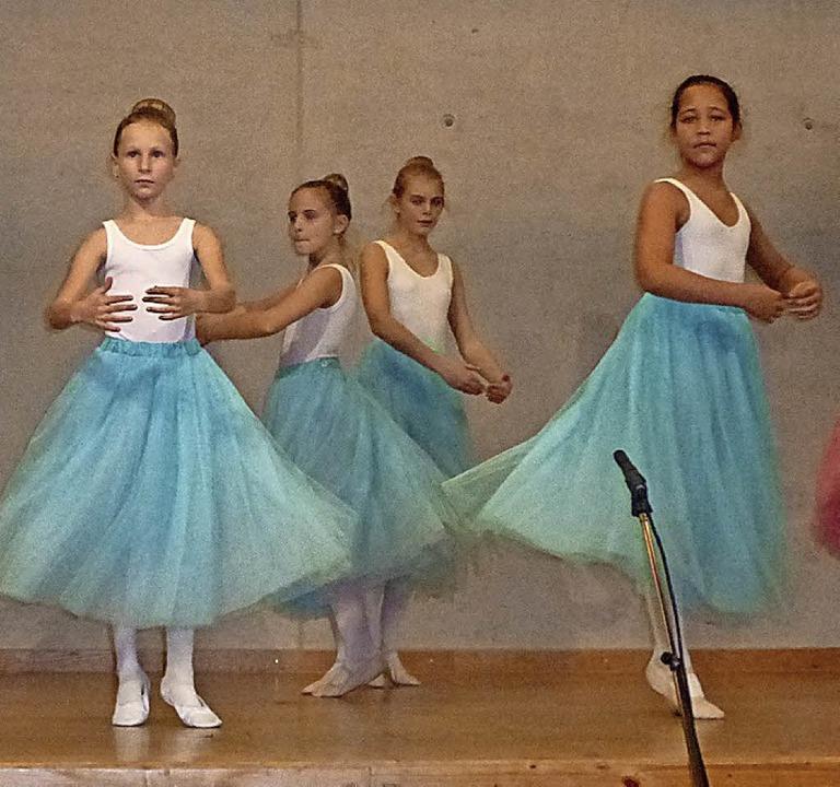 Die Balletteusen des Turnerbundes  | Foto: Anne Freyer