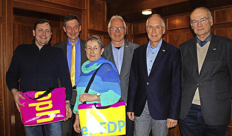 Der Vorstand des FDP-Ortsverbands Lörr... Koesler, Udo Schwehr und Peter Jensch  | Foto: Thomas Loisl Mink