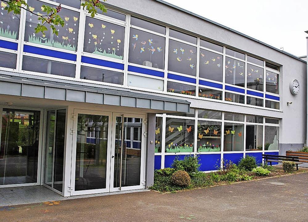 Die Grundschule in Holzhausen hat mit ...nen starken Jahrgang an Erstklässlern.    Foto: Manfred FRietsch