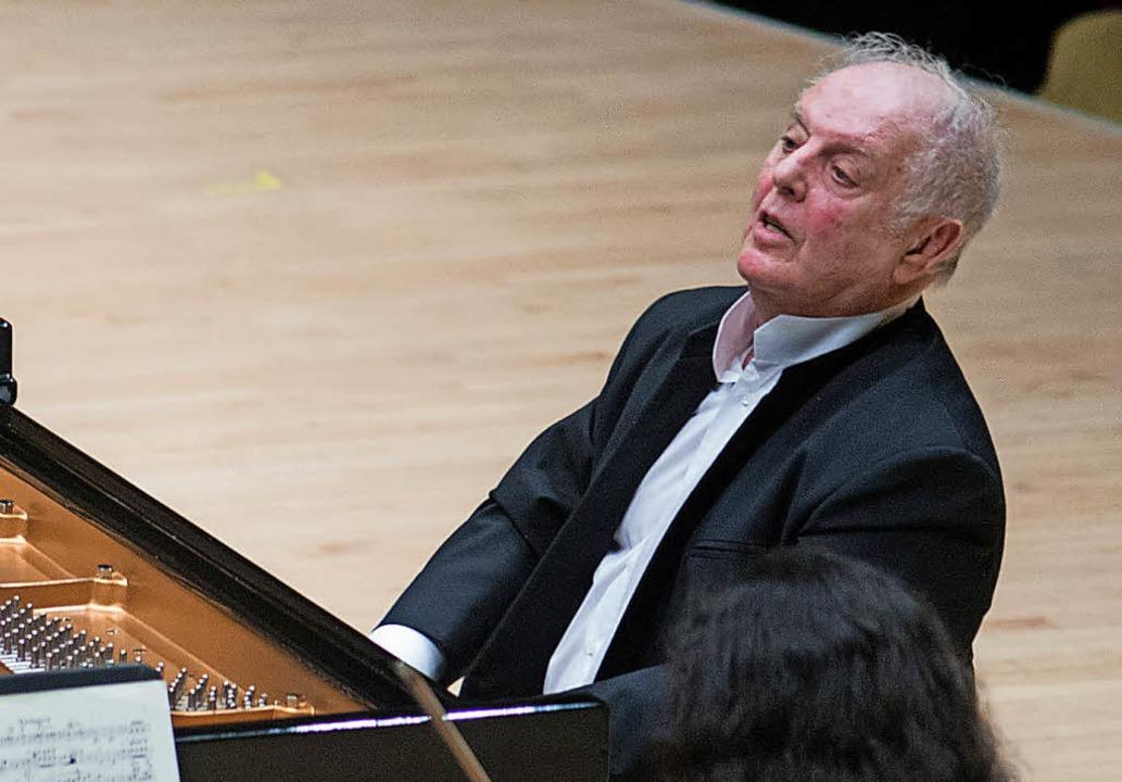 Daniel Barenboim am Klavier – im Januar in der New Yorker Carnegie Hall   | Foto: dpa