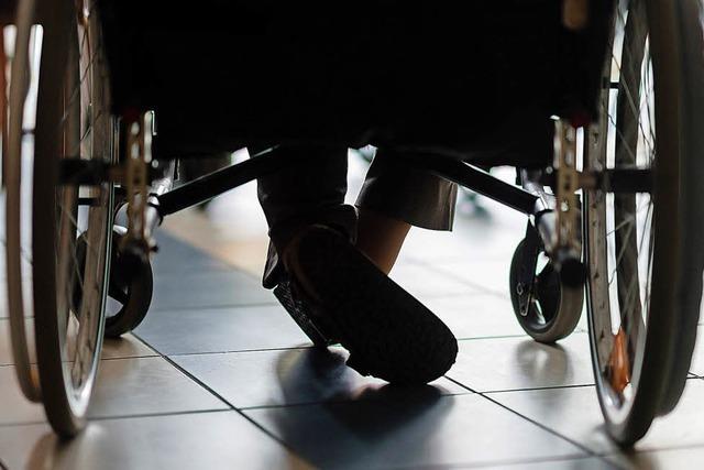 Streit um Finanzierung von Hilfeleistungen für Behinderte
