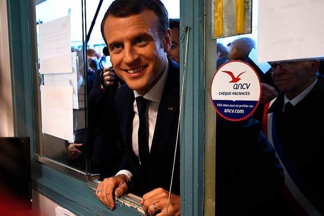 Macron will die Vorstädte sanieren lassen