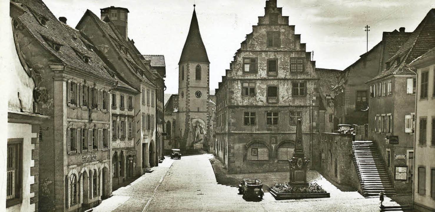 Der Marktplatz zwischen April 1936 und...mmlung des Bürgermeisteramts Endingen.  | Foto: Repro: Stadtarchiv Endingen