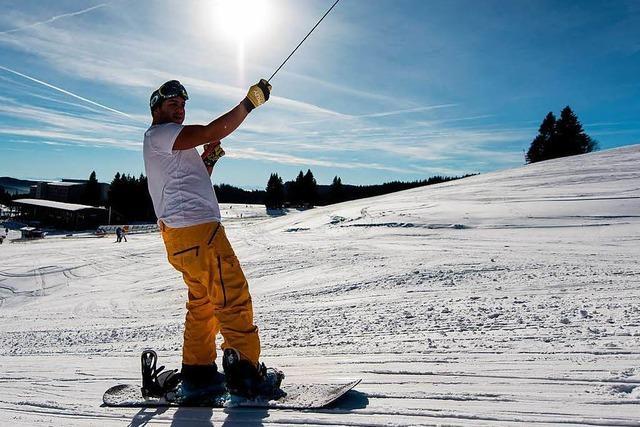 Video: Skisaison auf dem Feldberg legt Frühstart hin