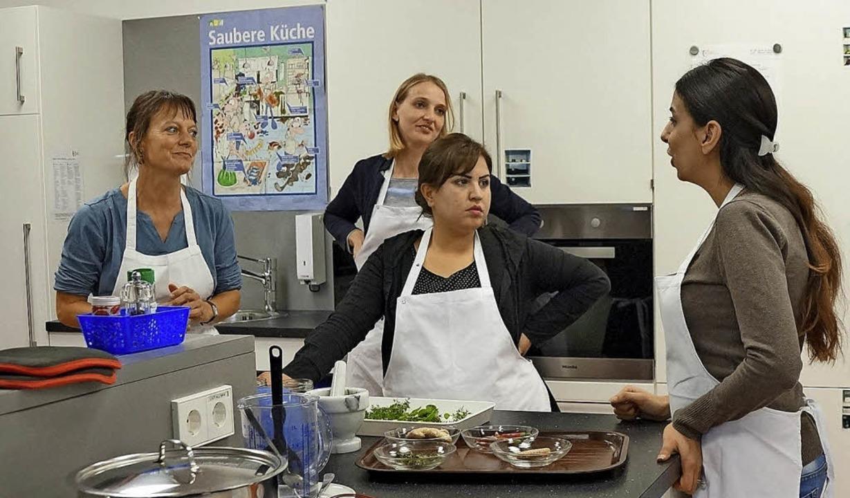 Gemeinsam gekocht und probiert haben F...der Schulungsküche des Landratsamtes.   | Foto: privat