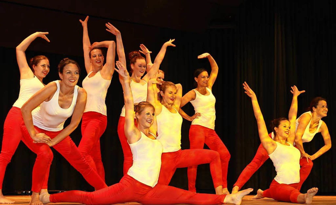 Eine tolles Choreografie tanzten die Jazzmädels des Turnerbunds Löffingen.  | Foto: Eva Korinth