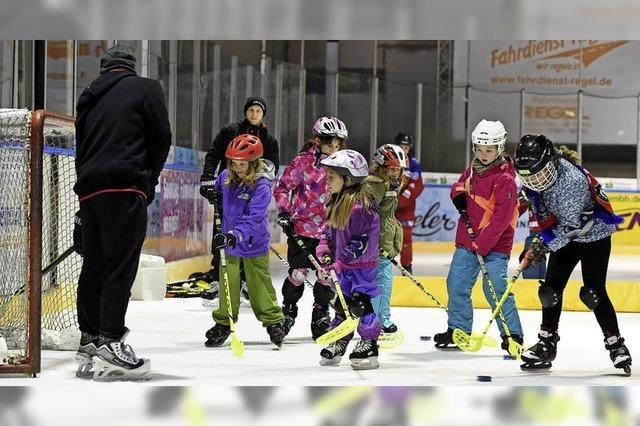 EHC Freiburg wirbt mit einem Aktionstag speziell um Mädchen
