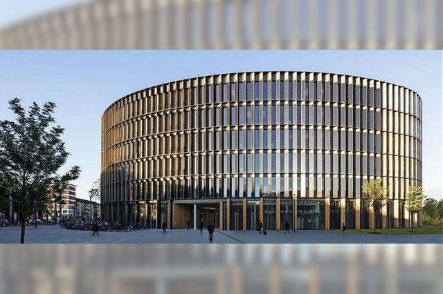 Das neue Rathaus ist komplett