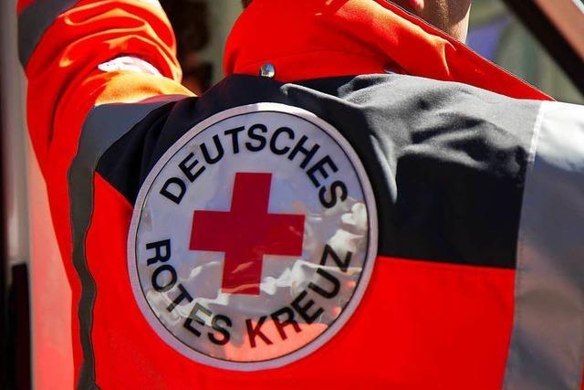 46-Jähriger an Händen, Kopf und Rücken verletzt