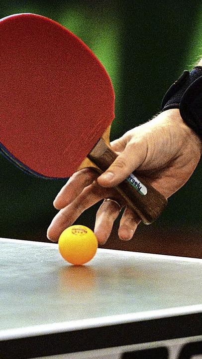 In Kirchzarten ermittelten Aktive und ...e ihre Bezirksmeister im Tischtennis.   | Foto: Seeger