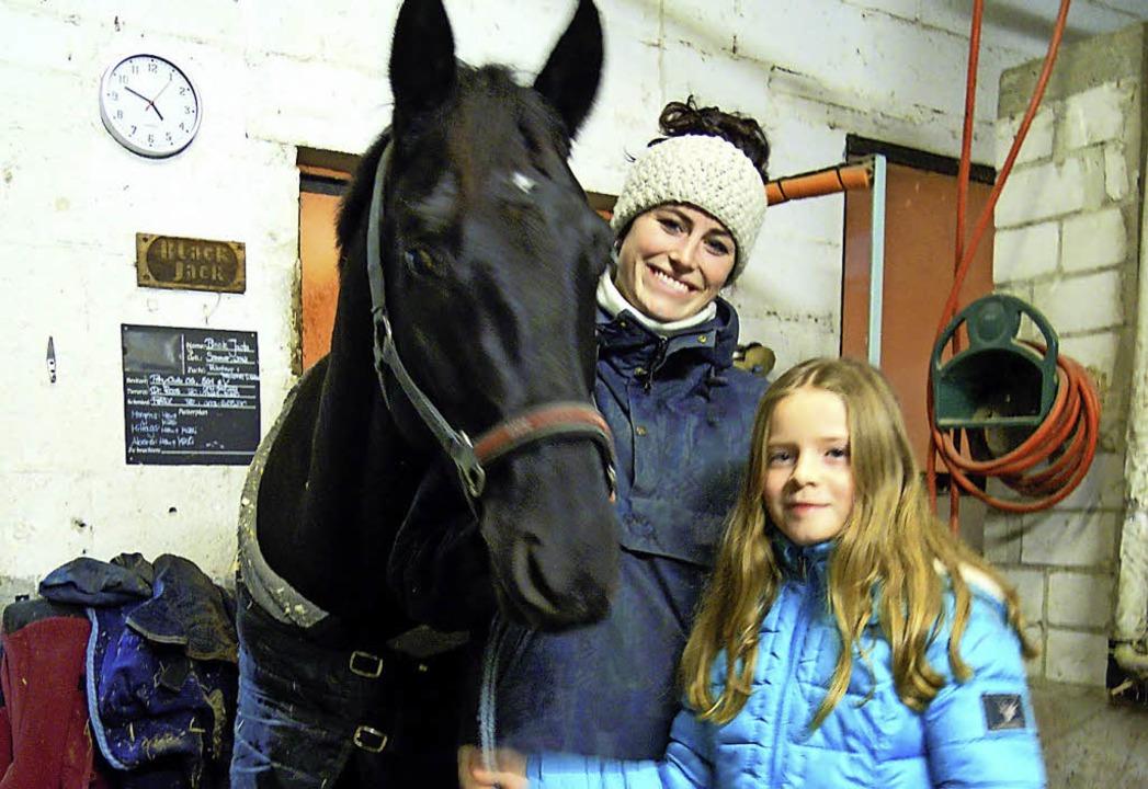 Sportwartin Lea Isenmann mit Linda Timm   | Foto: Privat