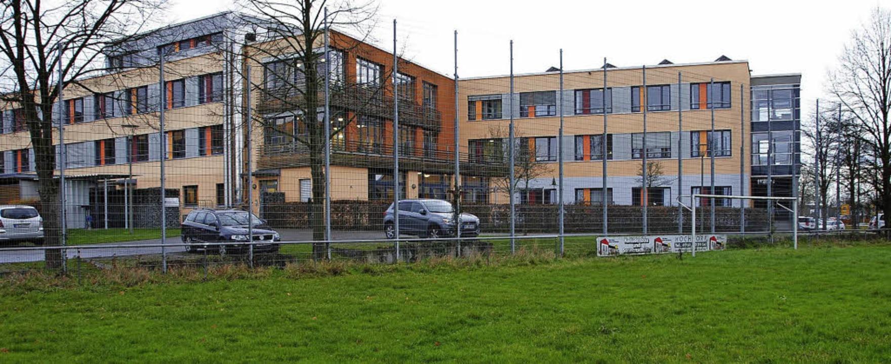 Für das Marcher DRK-Seniorenheim  ist ...enden Sportplatz  ein Neubau geplant.   | Foto: frietsch
