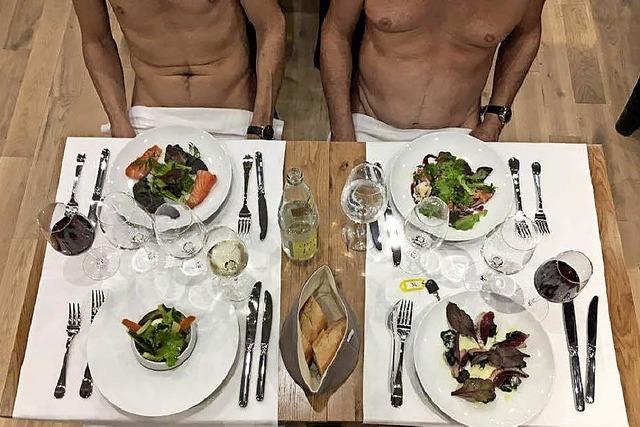 In Paris hat das erste FKK-Restaurant des Landes eröffnet