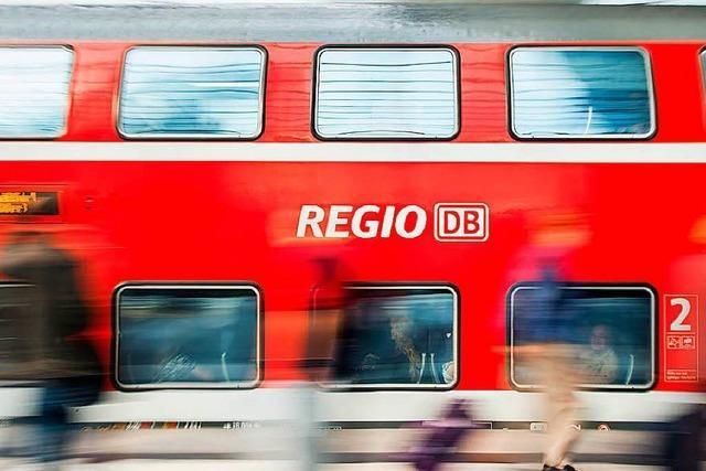 Verspätete Lieferung von Zügen kostet die Bahn 91 Millionen Euro.