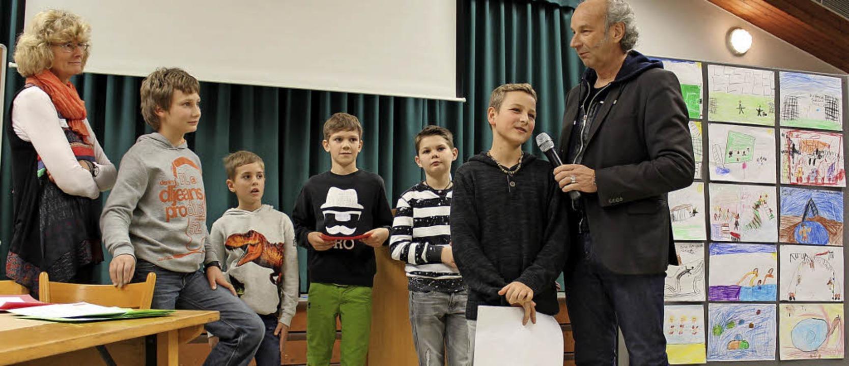 Die Schüler der Josef-Anton-Sickinger ...ebote, wie Fußball sehr gefragt sind.   | Foto: Christiane Pfeifer