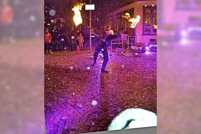 Bummeln bei Kerzenschein und Funkenregen