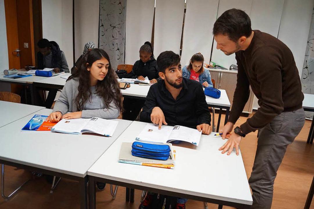 Fabian Pagel unterrichtet Deutsch in e...aus- und Landwirtschaftlichen Schulen.  | Foto: Christine Storck-Haupt
