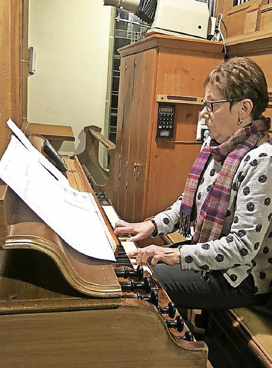 Monika Rombach bereicherte mit feinem ... den Klangkörper der Feuerwehrkapelle.