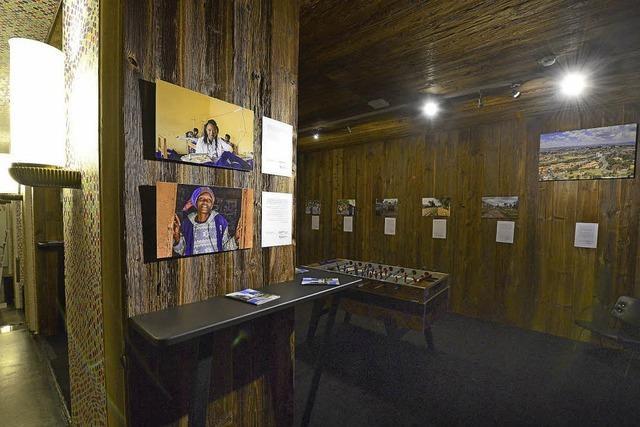 Ausstellung zu Rwanda in der Passage 46
