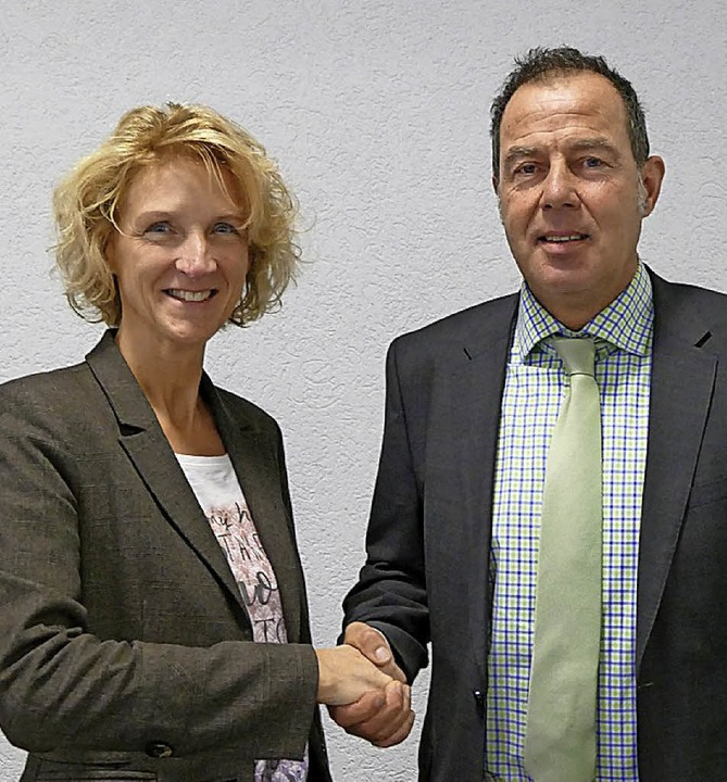 Andreas Schneucker ist nun erster Stel...r Verbandsvorsitzenden Daniela Meier.     Foto: Vl