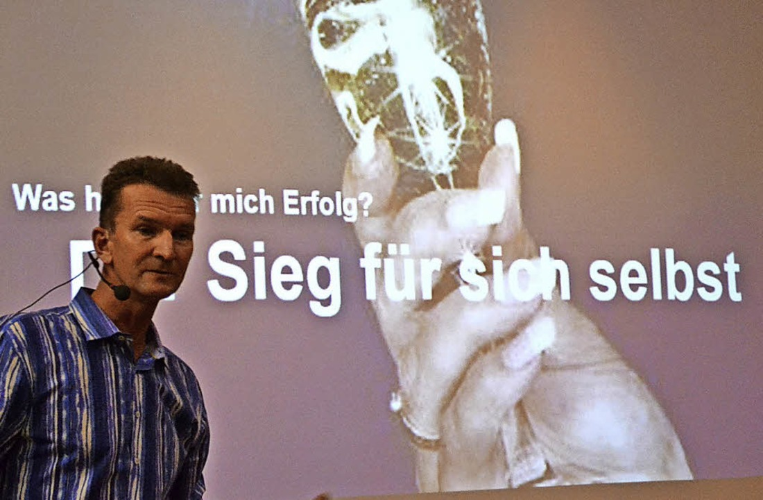 Der frühere Olympiasieger Michael Groß   | Foto: Harald Rudolf