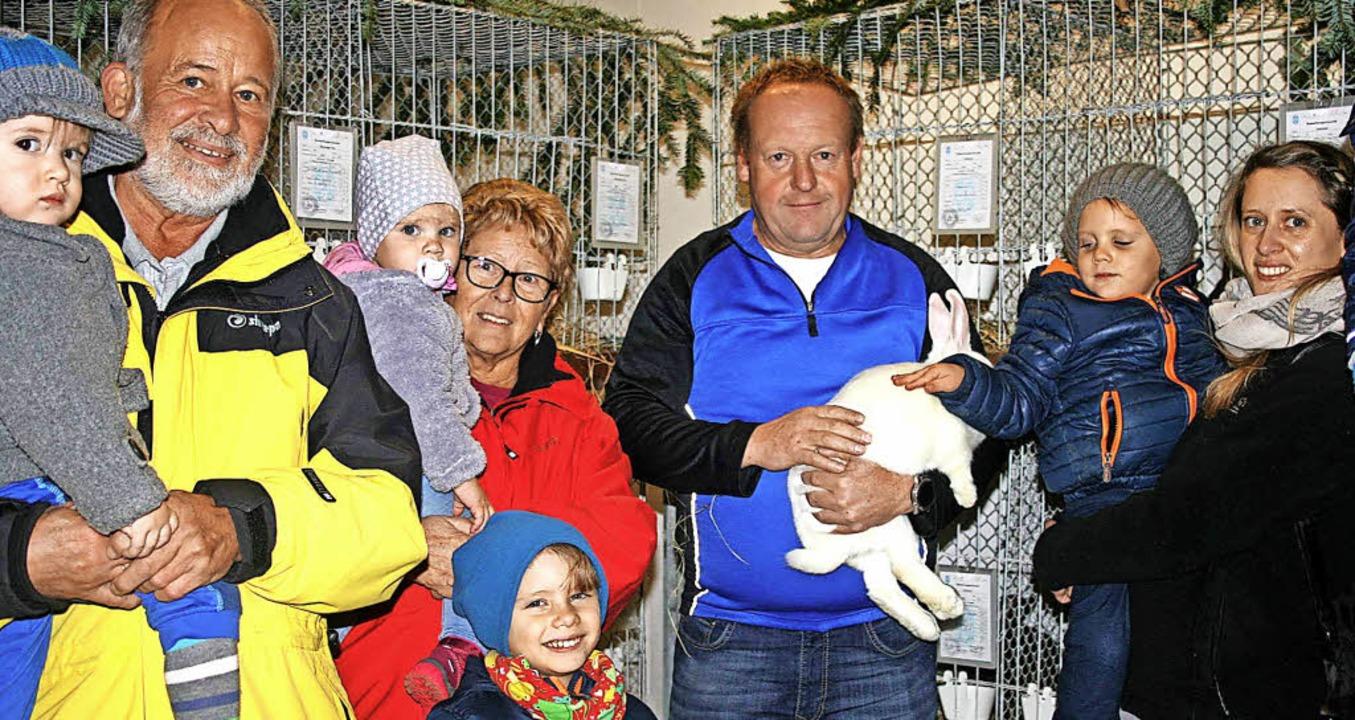 Höllsteins Kleintierzüchter-Vorsitzend... fürs Hobby Kleintierzucht zu machen.     Foto: Ralph Lacher
