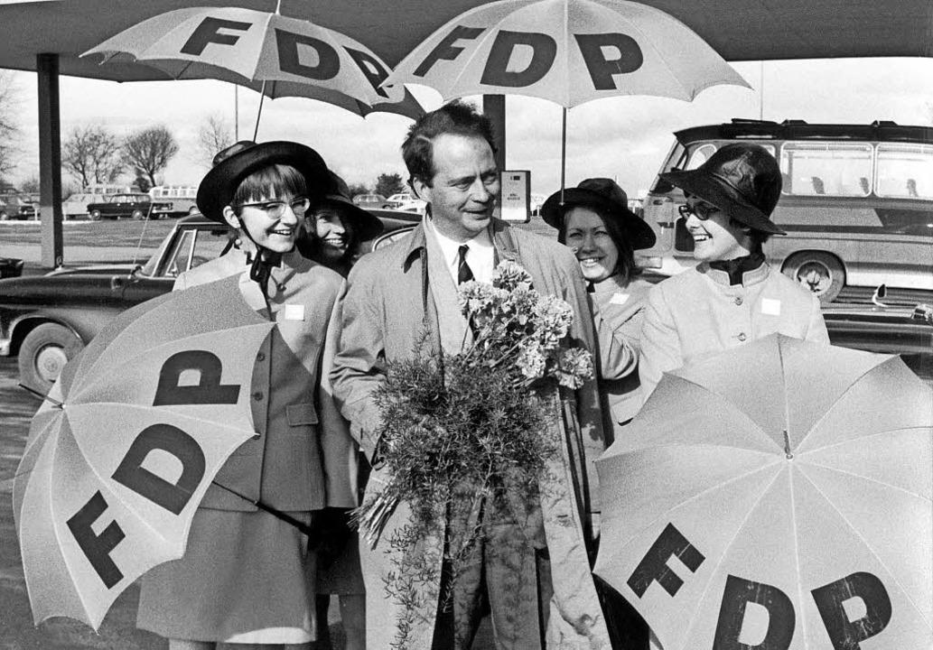 Ein Wissenschaftler, der  Politik mach...ahrendorf im Bundestagswahlkampf 1968   | Foto: dpa