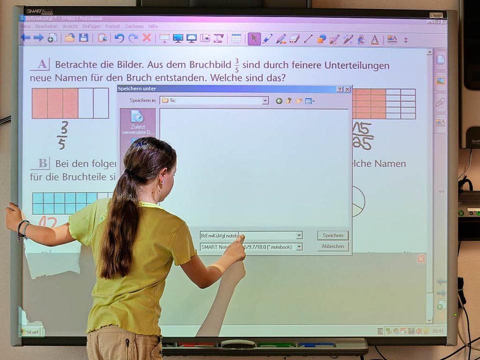 Zu den Streitpunkten zwischen Land und...auch die Digitalisierung der Schulen.     Foto: dpa