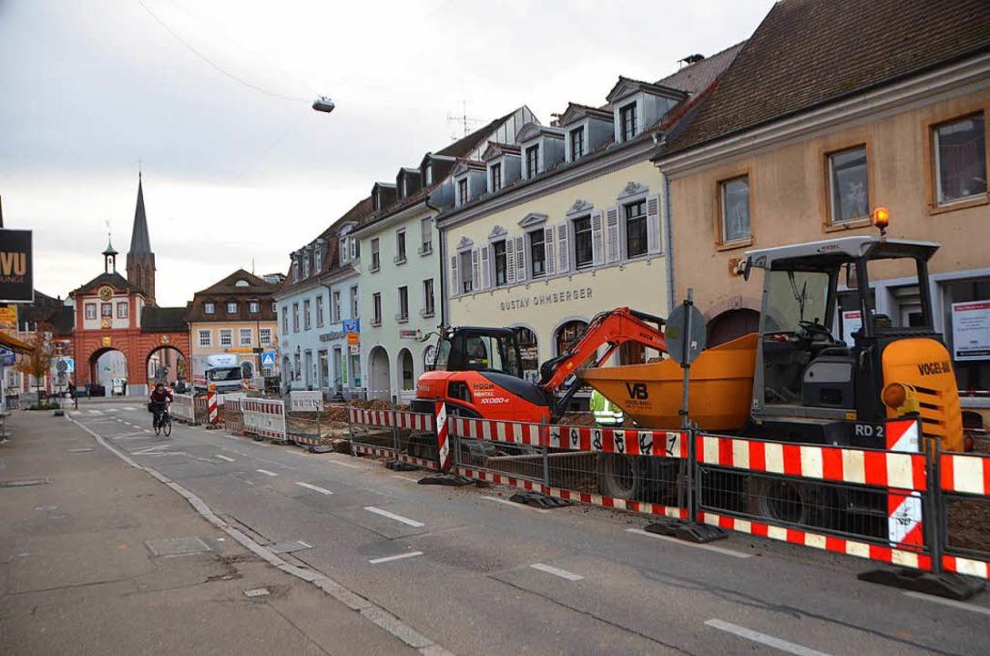 Die dicksten Brocken bei den Investiti...ung der Karl-Friedrich-Straß, sowie...    Foto: Gerhard Walser