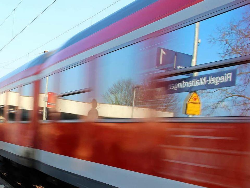 An der Haltestelle Riegel-Malterdingen... sexuell belästigt wurde. (Symbolbild)    Foto: Martin Wendel