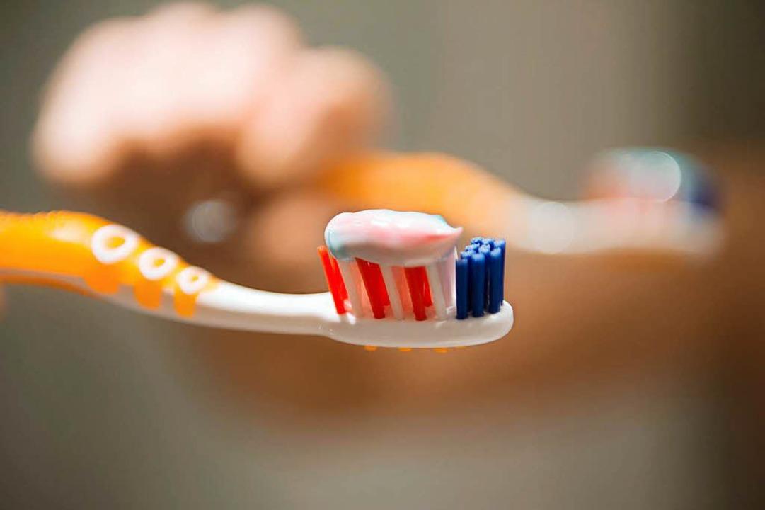 Ist Zähneputzen direkt nach dem Essen schlecht?  | Foto: dpa