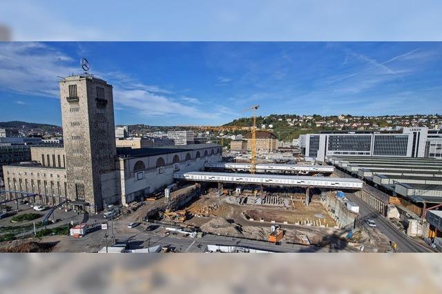 Der Bau des neuen Bahnhofs verzögert sich und wird teurer