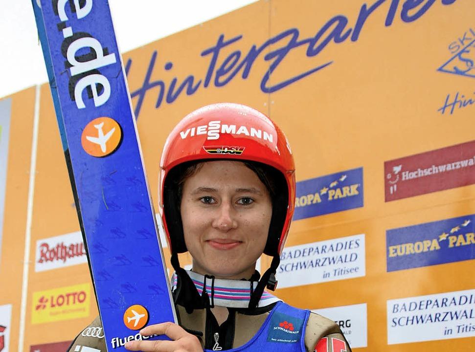 Wettkämpfe daheim sind die schönsten: ...-Weltcup-Skispringen in Hinterzarten.   | Foto: dieter maurer