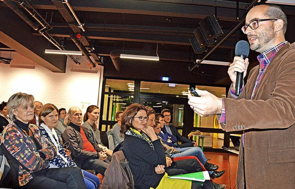Lehrer Thomas Steuber das Engagement d...s) sind von diesem Konzept überzeugt.     Foto: Gerhard Lück