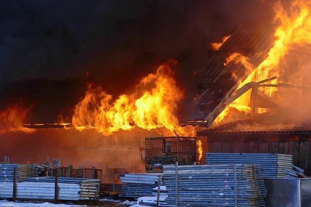 Großbrand im Gewerbegebiet bei Bonndorf
