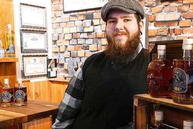 Selbstgemachter Whisky in einem Müllheimer Bekleidungsgeschäft