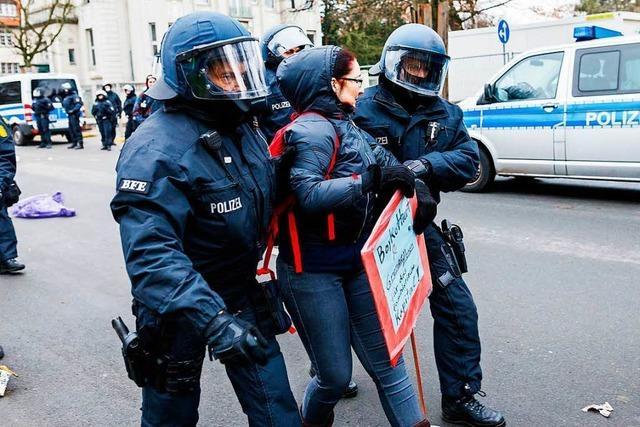 Verletzte bei Protesten gegen AfD-Parteitag in Hannover