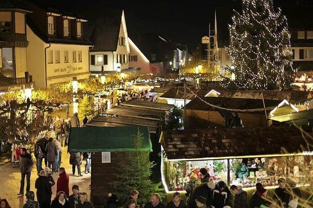 Weihnachtsmarkt in Neuenburg