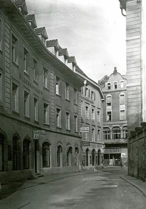 Das historische Foto von Ruth Groß-Alb...oto rechts zeigt die heutige Ansicht.     Foto: Augustinermuseum/Ingo Schneider